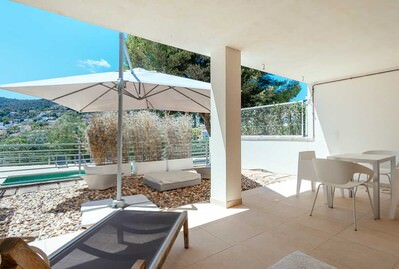 fabulous-and-modern-semi-detached-4-bedrooms-with-various-terraces-and-swimming-pool-in-genoa-palma-de-house-10742985