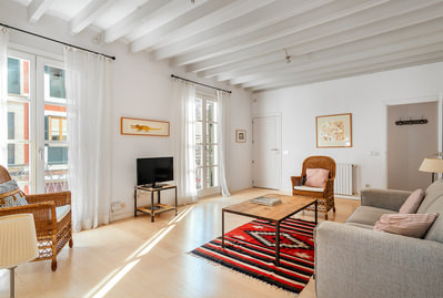 charming-3-bedroom-refurbished-flat-stcatalina-palma-de-apartment-17603979