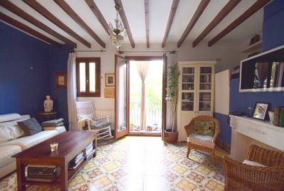 nice-and-typical-santa-catalina-apartment-85-sqm-2-beds-1-bath-palma-de-apartment-9247722