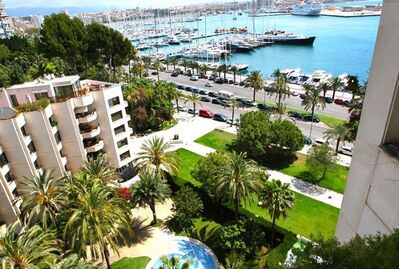 magnificent-apartment-with-unique-sea-and-port-views-palma-de-apartment-9247512