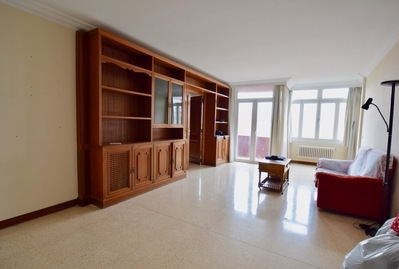 large-155-sqm-flat-in-palma-with-elevator-and-terrace-to-reform-palma-de-apartment-10443076