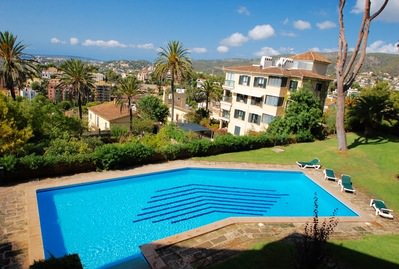 beautiful-apartment-with-big-balcony-and-community-pool-palma-de-apartment-9247328