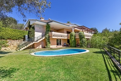spacious-property-with-great-potential-in-son-vida-palma-de-house-14565141
