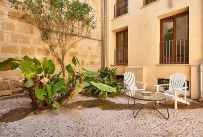 refurbished-oasis-in-palma-old-neighbourhood-palma-de-apartment-12367008