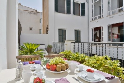 impressive-spacious-planta-noble-in-palma-old-town-with-5-bedrooms-palma-de-apartment-9247608