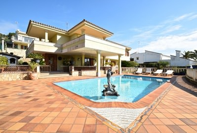 large-villa-with-views-on-the-hills-of-son-puig-palma-de-house-9247404