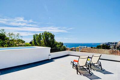 modern-penthouse-with-amazing-sea-views-private-pool-terraces-and-private-parking-in-cala-mayor-for-rent-on-the-2nd-floor-palma-de-penthouse-13815933