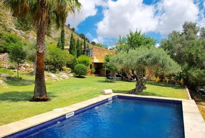 enchanting-stone-finca-on-beautiful-plot-close-to-pollensa-pollenca-house-9247629