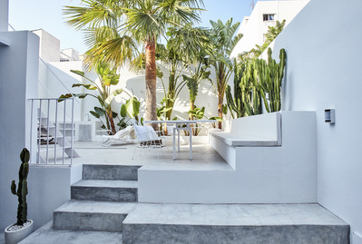 open-loft-style-townhouse-in-santa-catalina-with-parking-palma-de-apartment-9247417