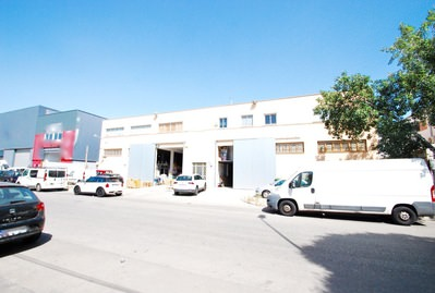 detached-warehouse-with-apartment-and-office-son-palma-de-mallorca-industrial-9247638