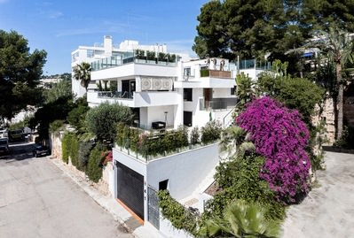 newly-renovated-sea-view-villa-palma-de-house-11116700