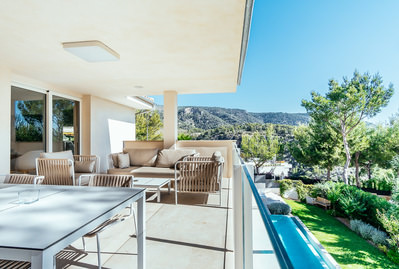 sleek-modern-newly-built-villa-with-large-flat-garden-pool-and-sea-views-in-cas-catala-calvia-house-10487589