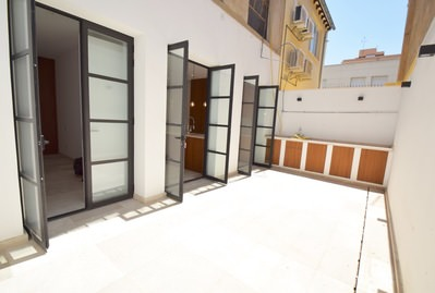 super-stylish-groundfloor-apartment-courtyard-st-catalina-palma-de-apartment-9247442