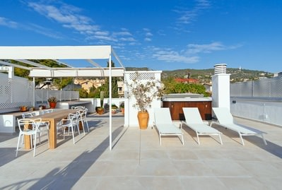 renovated-penthouse-in-san-agustin-with-sea-and-panoramic-views-of-the-mountains-palma-de-apartment-13755923