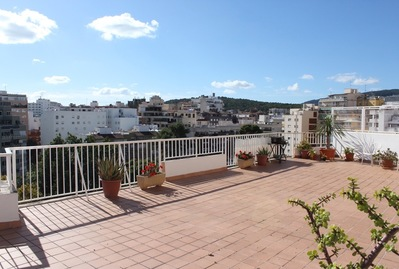 bright-apartment-with-large-terrace-in-tennis-palma-de-penthouse-18358723