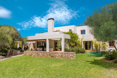 beautiful-villa-in-son-caulelles-with-large-garden-and-pool-marratxi-house-14721727
