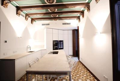 luxury-apartment-at-paseo-del-borne-palma-de-apartment-13939114