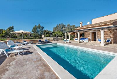 precious-country-house-close-to-sineu-with-pool-and-holiday-license-sineu-farm-9247680
