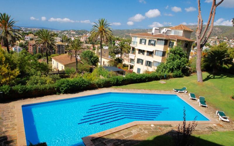 beautiful-apartment-with-big-balcony-and-community-palma-de-mallorca-apartment-9247328