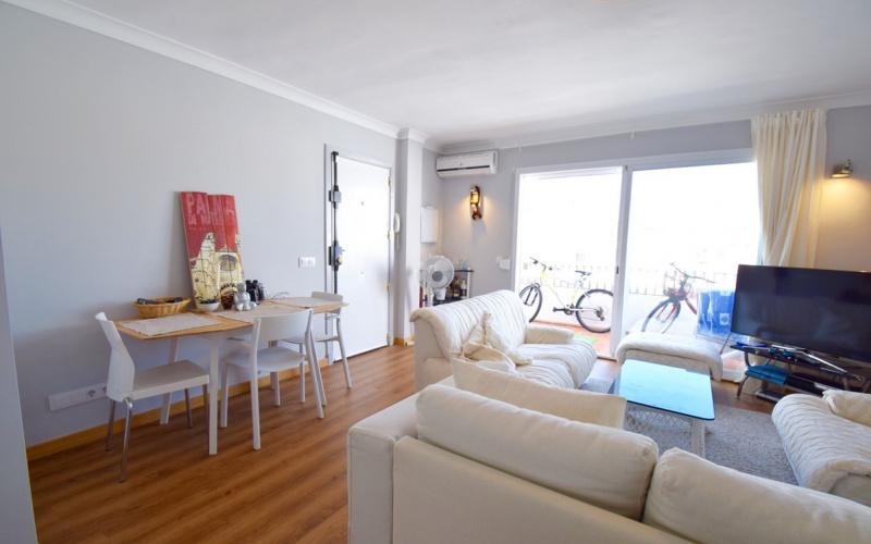 beautiful-penthouse-apartment-with-terrrace-views-st-palma-de-mallorca-apartment-9247483