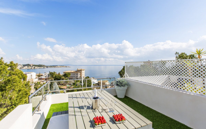 modern-and-bright-duplex-penthouse-with-seaviews-calvia-apartment-9247371