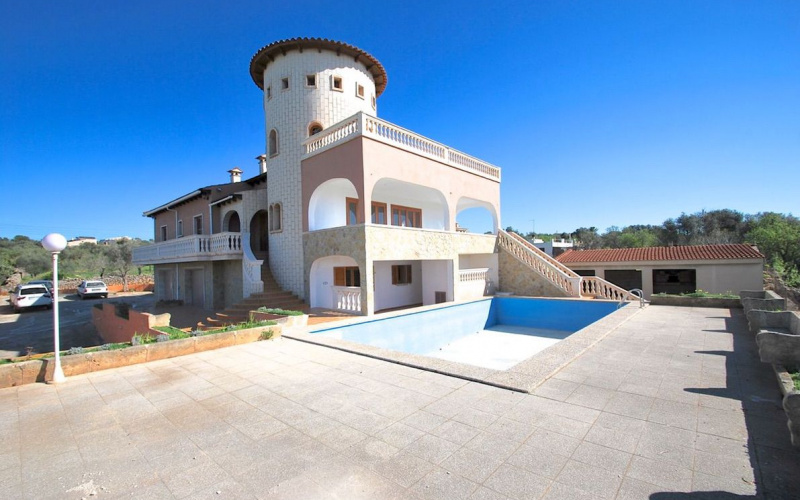 beautiful-villa-with-spectacular-cleared-and-panoramic-marratxi-chalet-9247389