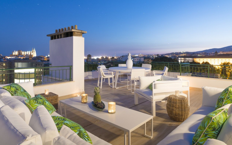 outstanding-and-newly-reformed-penthouse-with-large-palma-de-mallorca-apartment-9247572