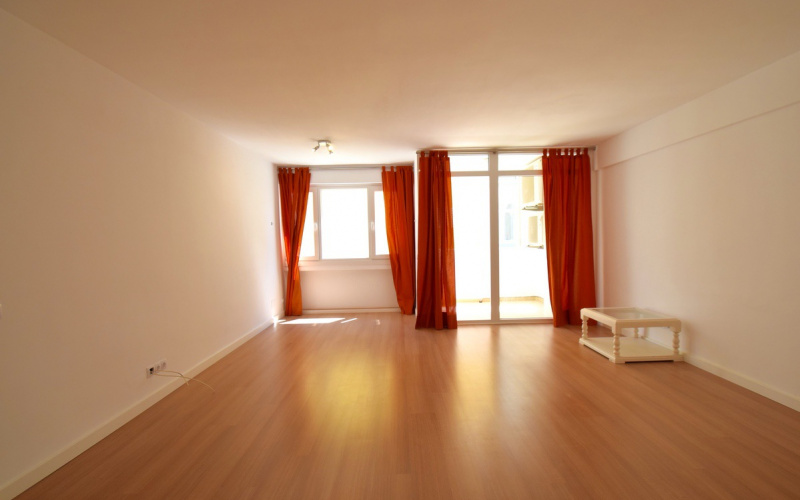 refurbished-and-spacious-apartment-just-beside-the-palma-de-mallorca-apartment-9247399