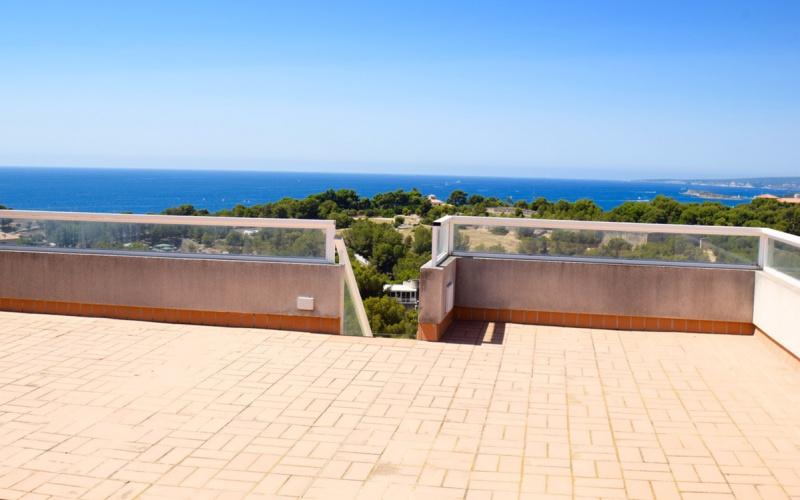 fabulous-penthouse-big-terrace-and-sea-views-palma-de-mallorca-apartment-9247631